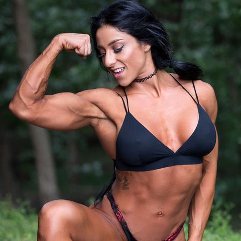 Ana Melissa's avatar
