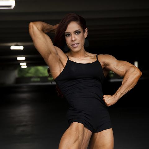 Yari Ramos's avatar